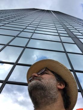 GG vor einem der Gotha Towers